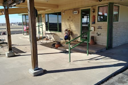 Cactus Inn on Route 66 in the Texas Panhandle Dbl