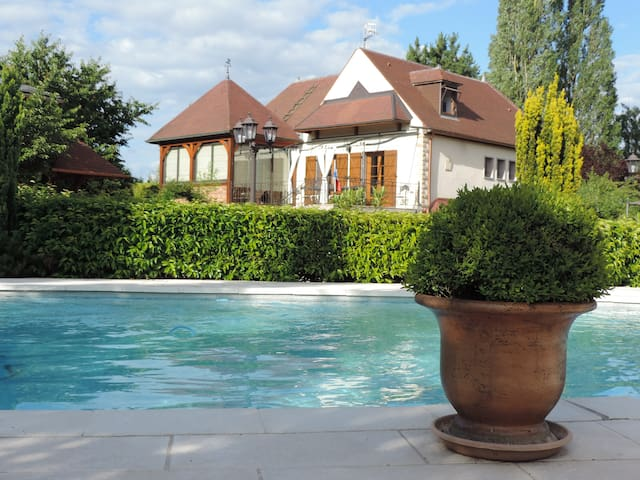Villa Burgondie - Arc-sur-Tille - House