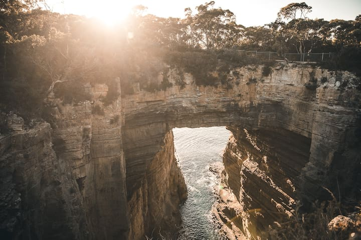 Sunrise at Tasman Arch, Eaglehawk Neck