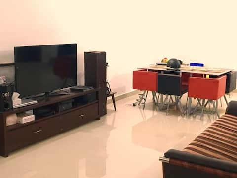 Nice room wth Private Bath, Bahria Town, Islamabad