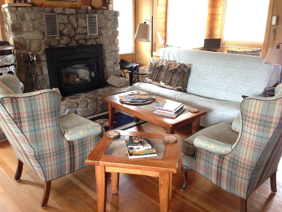 Comfortable seating. Fireplace stove insert can be used by those staying 6 nights & detailed instructions provided.