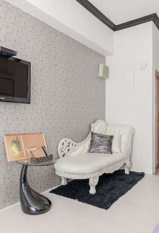 Durban warm and comfortable 1 bedroom apartment.