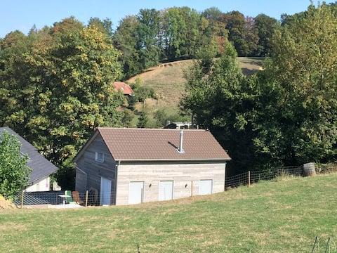 La Petite Maison in de Prairie - Vlakbij Morat