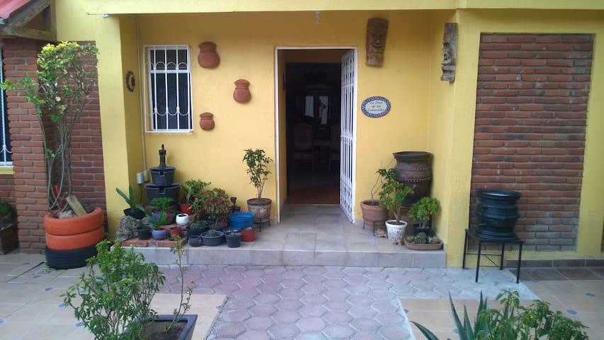Ma'ngu Suite 2 Pers. cerca de Teotihuacán