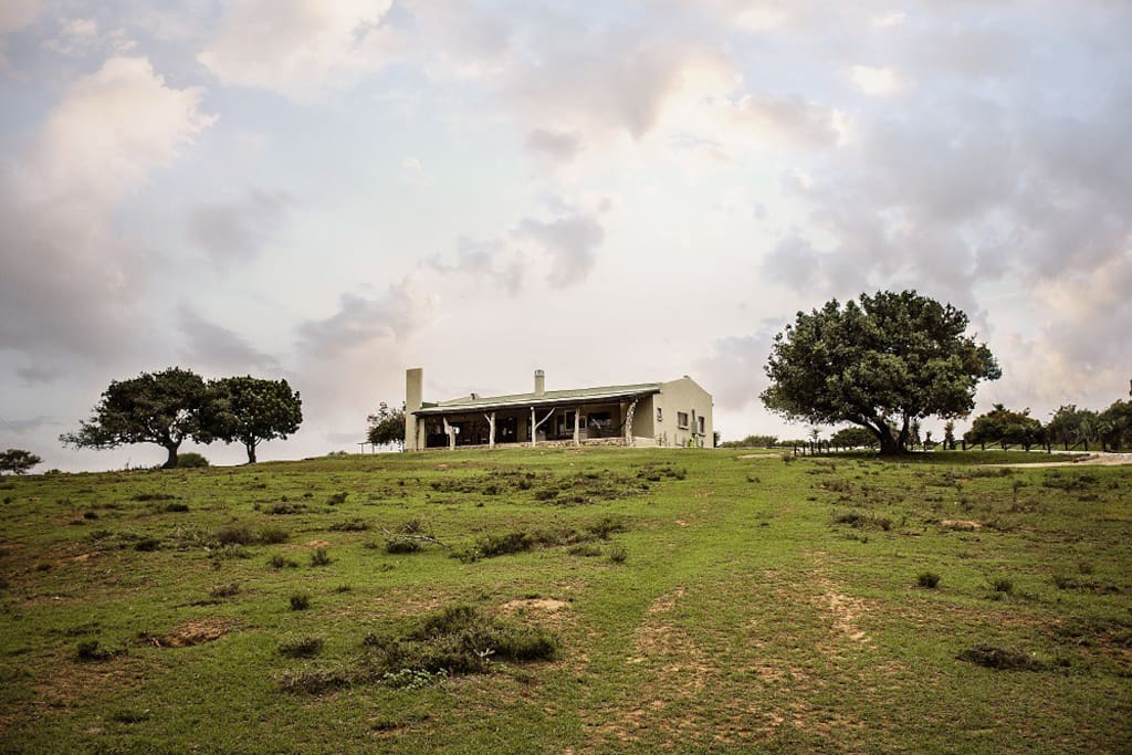Settlers Rest is situated on a 400 hectare Game Farm