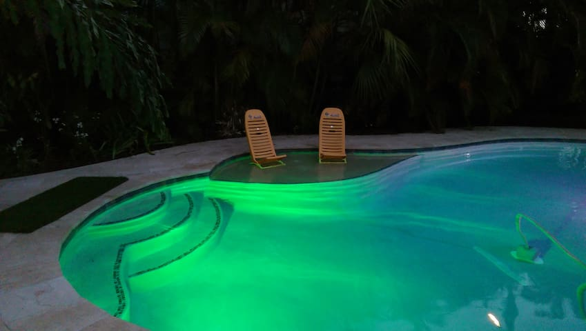 Sunshine Apartment @ Pairadice Palms - Lake Worth - Apartamento