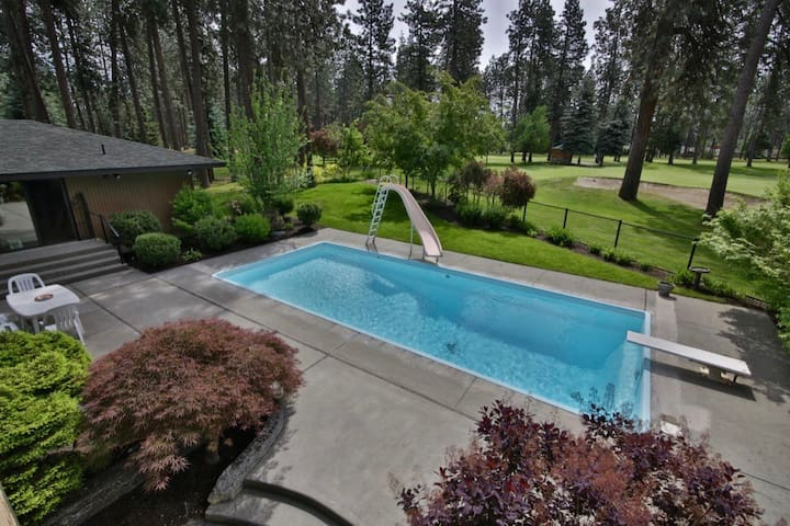 Fairway Guest House w/Pool and Golf - Coeur d'Alene - Vendégház