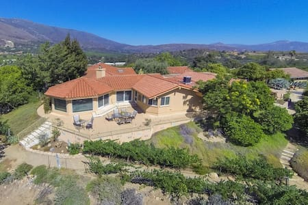 Idyllic Luxury Home in an Orange Grove - Pauma Valley
