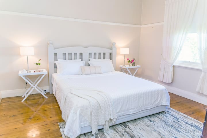 Spacious main  Bedroom with King Size Bed