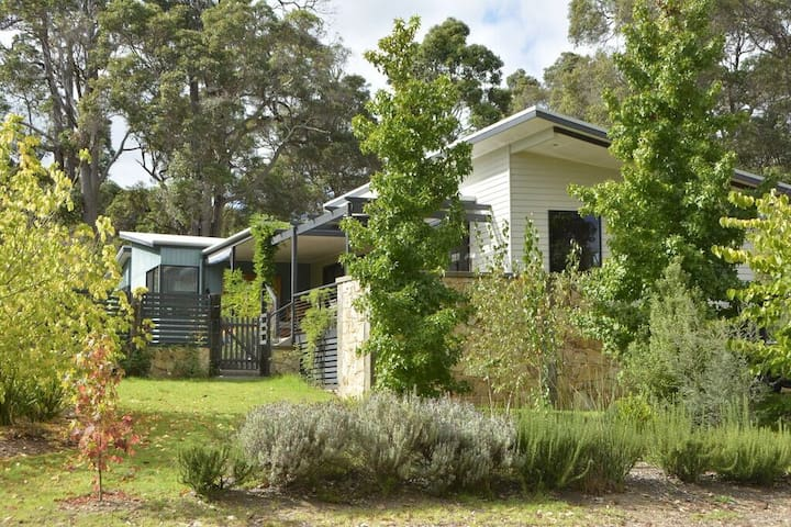 SELF CONT APPT OASIS ON THE MARGARET RIVER - Margaret River