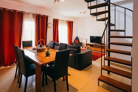 T3 Apartment   Pool for adults and pool for children in Sao Martinho do Porto - São Martinho do Porto - Lakás