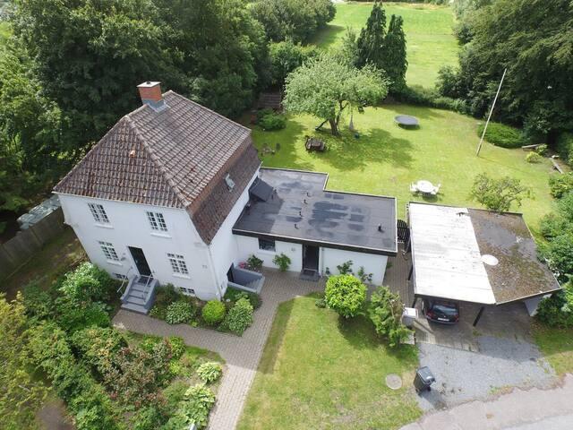 Charming villa from 1926-Guestroom - Middelfart - Other