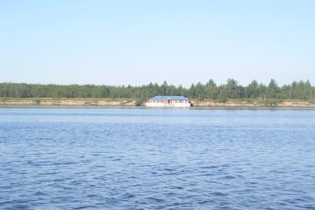Домик на воде - Arcangel - Kapal