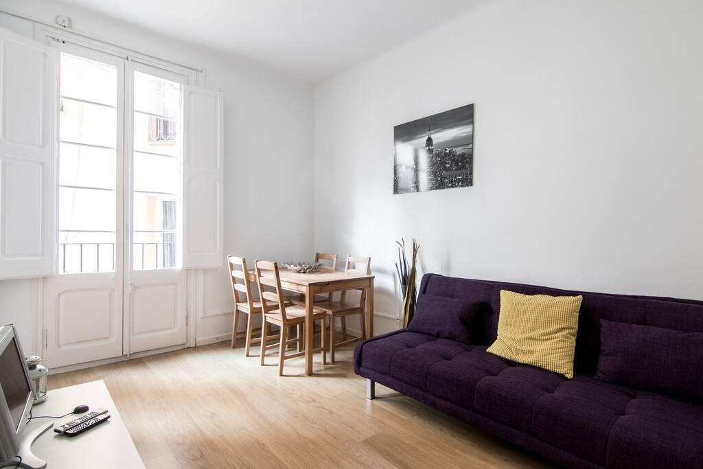 Acogedor piso en sagrada familia apartamentos en alquiler en barcelona catalunya espa a - Piso alquiler sagrada familia ...