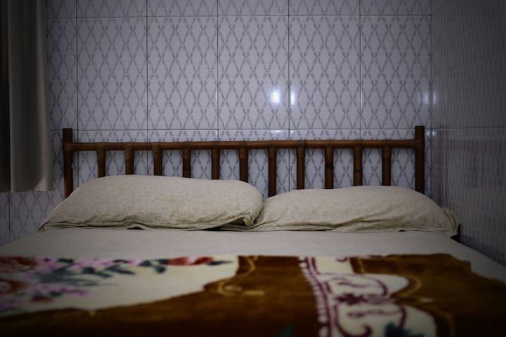 Rus House Single Bedroom