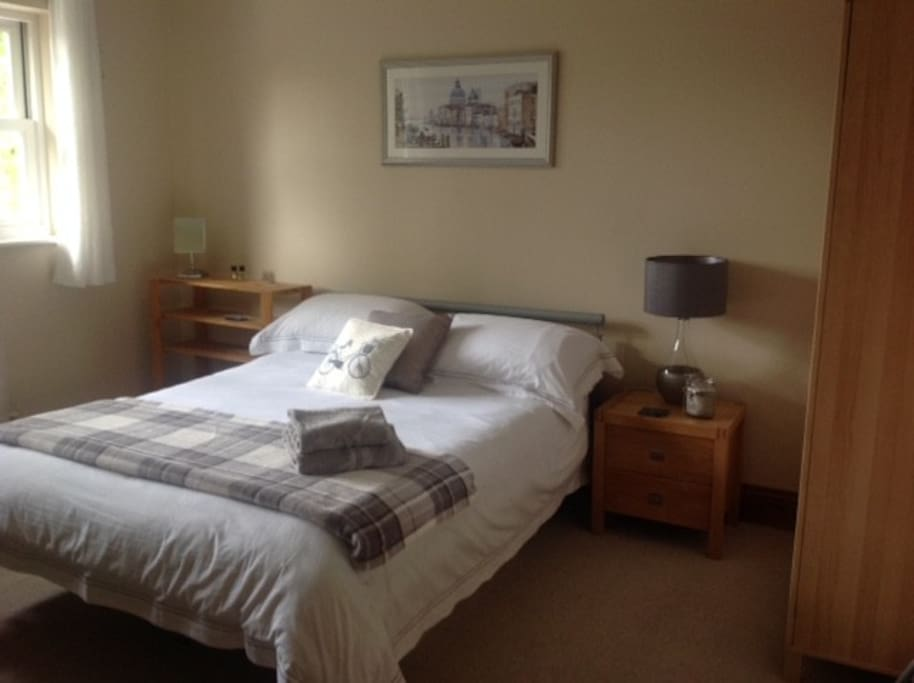Large double bedroom newly decorated
