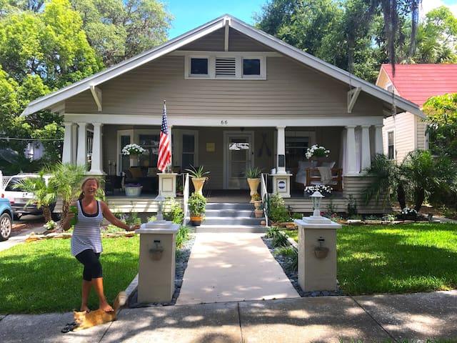 Charming Bayou Cottage