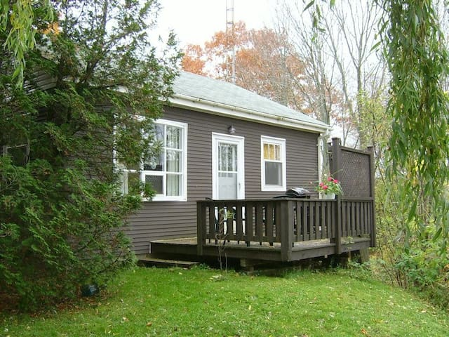 River Valley Guest Cottage - Wolfville - Bungalow