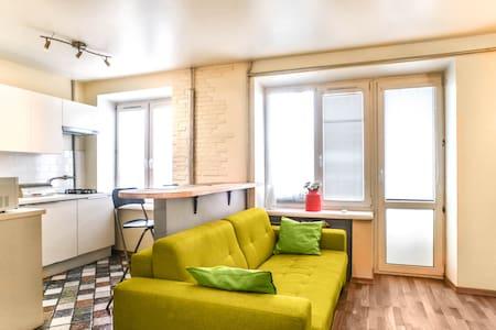 Уютная студия в центре - Moskva - Apartment