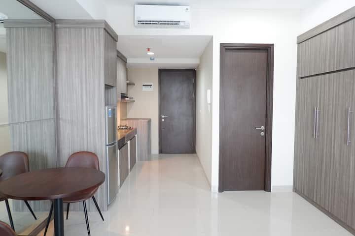 New Lux Studio Flat in Near Kuningan & Kemang