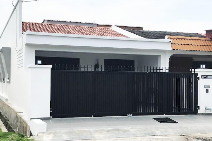 30 Tekukur - New Home; Great Location in Ipoh