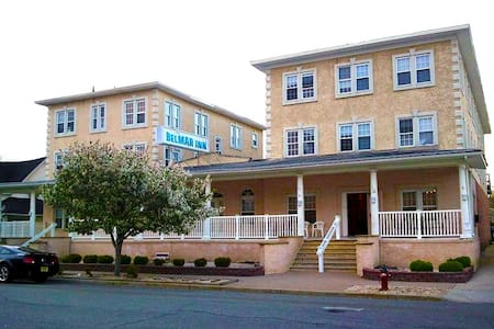 Belmar Inn - Half A Block From the Beach!!
