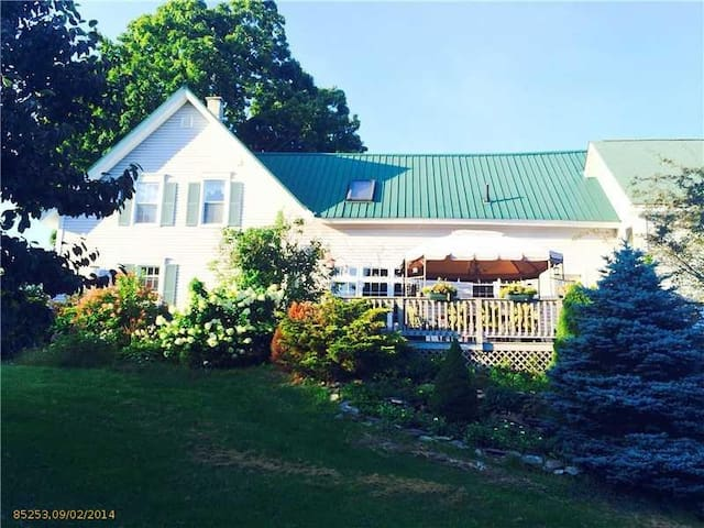 Renovated Historic Farm House - Vassalboro - Rumah