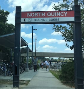 Metro•Beach•Parking #A# 地铁•海滩•免费停车 - Quincy - House