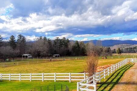 2BR Cottage on Pristine Horse Farm! 6mi toDamascus