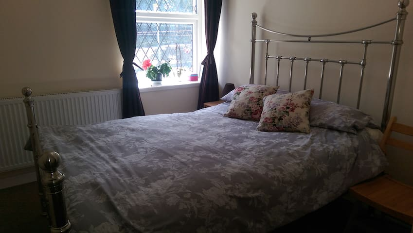 Comfortable double room - Saint Austell