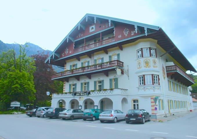 App. in historischen Haus mit Terr. - Aschau im Chiemgau - Apartment