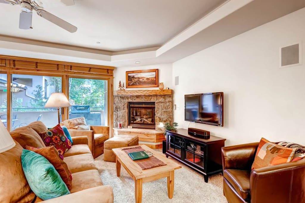 Couch,Furniture,Umbrella,Indoors,Room