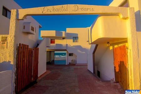 Enchanted Dreams Villa II - Playa Encanto