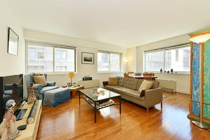 Spacious Chelsea Private Bedroom - New York - Appartement