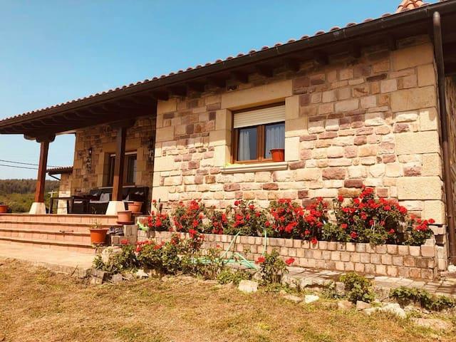 Habitación SANTILLANA DEL MAR 3 CAMAS