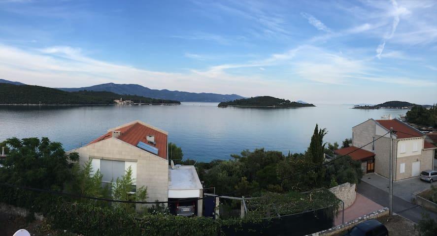 Seaside Villa on Korcula Island - Korčula - Hus