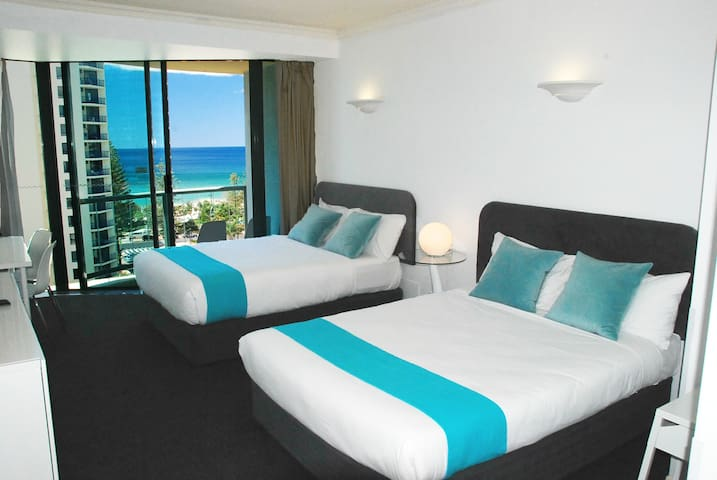Hotel Room Central Surfers Paradise in Legends - Surfers Paradise - Appartement