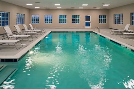King Suite. Free Breakfast. Pool. Gym. Great for Business Travelers!