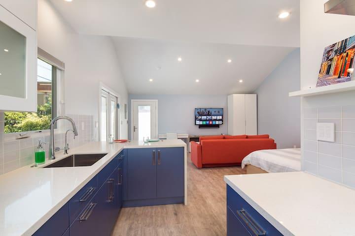 Brand New LA guest house