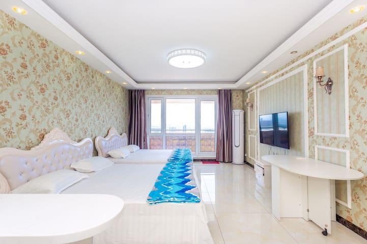 客厅两张1.8*2欧式皮床