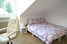 Cosy Room in Perfect Location