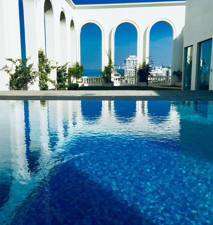 Luxury 3 Bedroom / Ocean View / Pool / City / BF