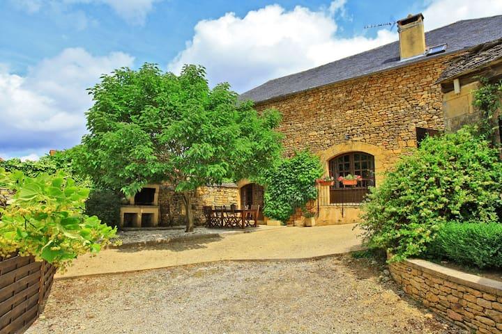 La Grange - Ferme des Vergades - Saint-Crépin-et-Carlucet - House