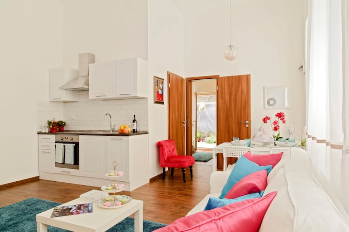 Friendly and cosy apartment / 2 bed / 44 sqm