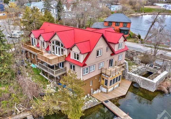 Five bedrooms at the GristMill Place in Westport