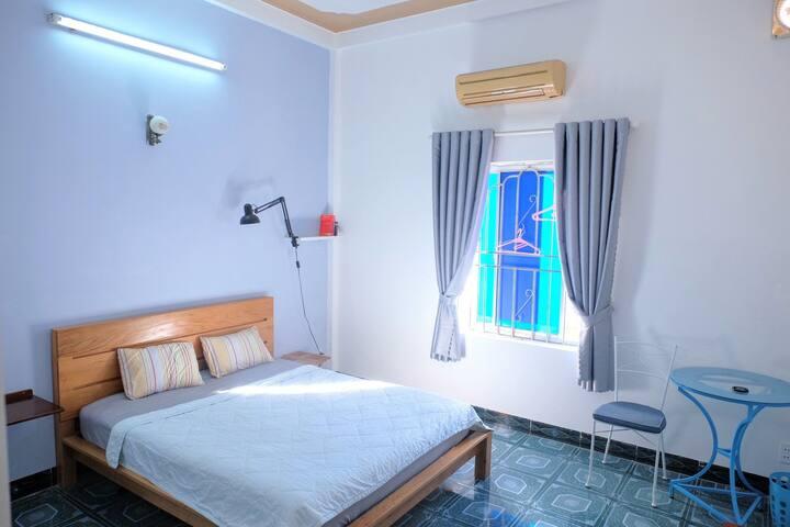 Santorino coffee&tea Homestay, simple private room