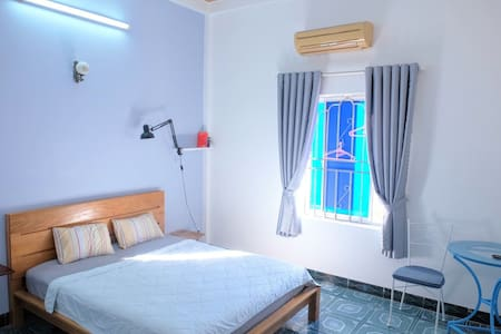 Santorino coffee&tea Homestay, simple private room