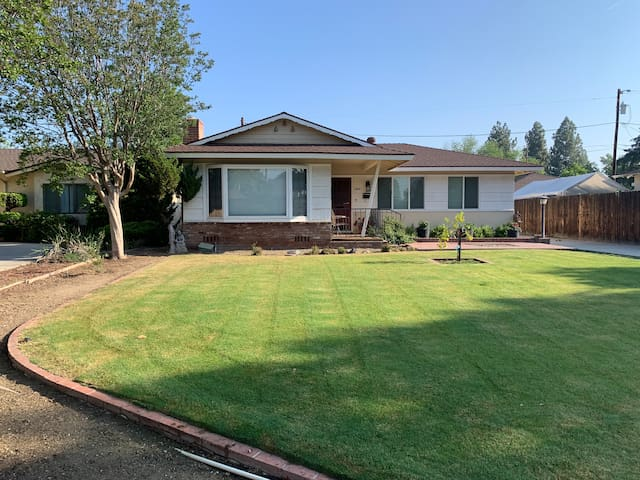 Executive and Family Friendly Rental Bakersfield