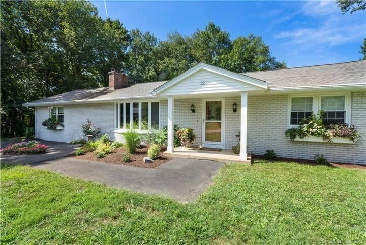 Short/Long Term Rental CT Shore - Pro Clean