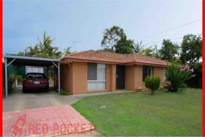 Brisbane family home Not furnished  For long term